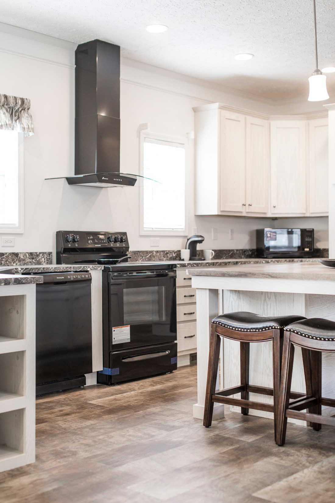 The 3558 JAMESTOWN Kitchen. This Manufactured Mobile Home features 3 bedrooms and 2 baths.